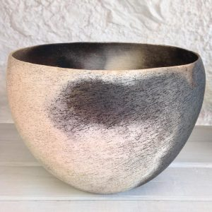 Smoke-fired bowl