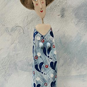 lm wee lady in blue